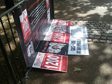 طاولة احتجاج 17.7.2010ضد القذافي في قتله 1200 سجينا سياسيا