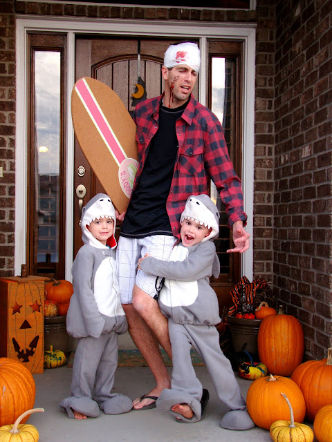 creative family or group halloween costumes 7 shark attack the fickle pickle