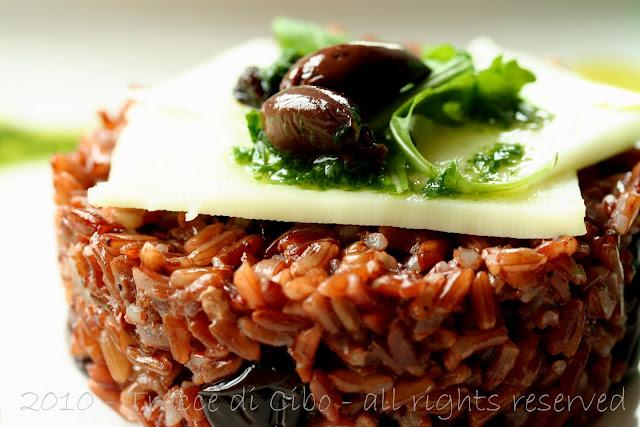 riso rosso, uva sultanina,olive taggiasche