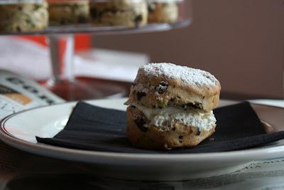 scones, pistacchi, cioccolato, ricotta