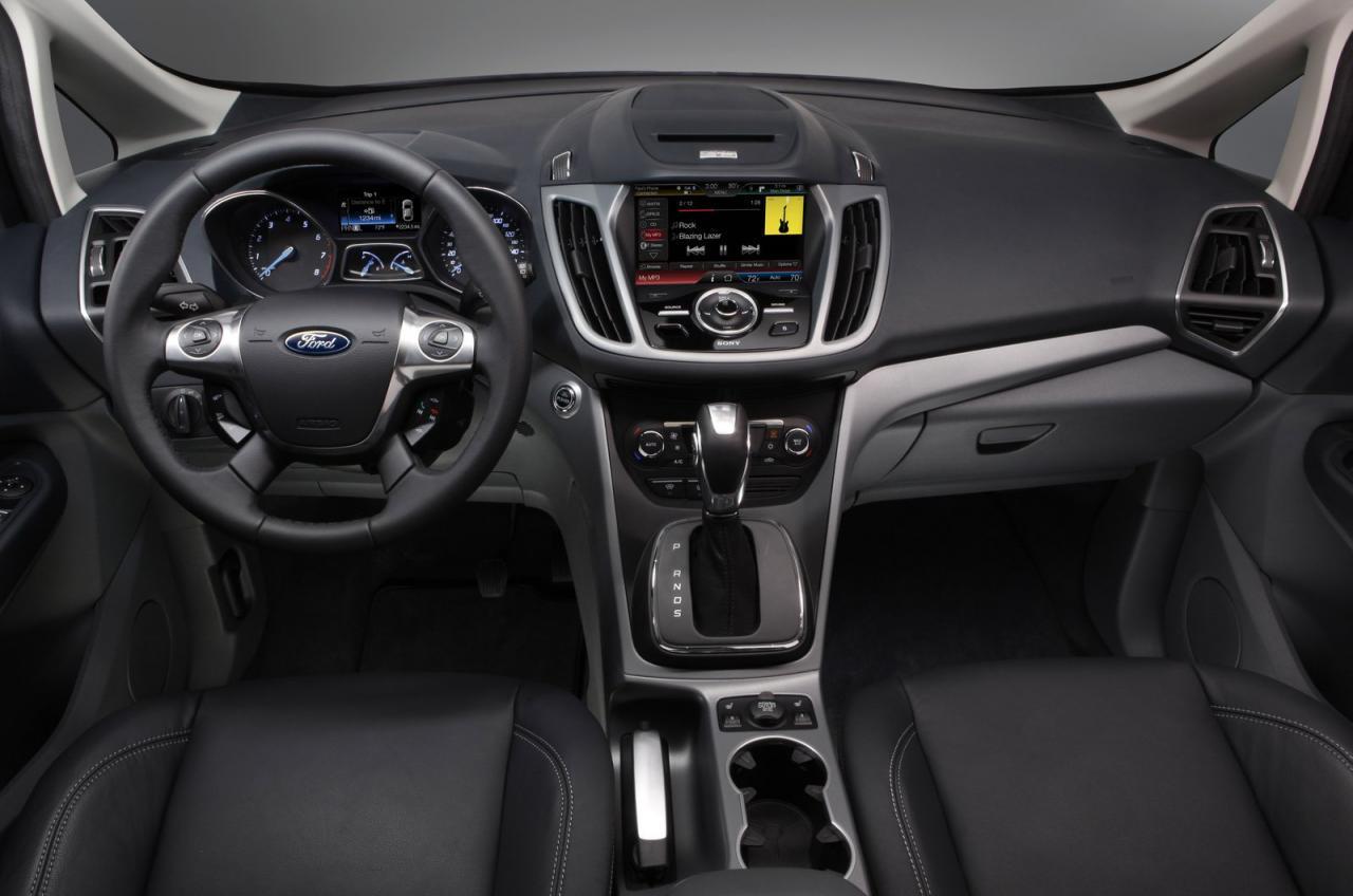 http://3.bp.blogspot.com/_76EC3aSSztw/TSts4mfKOzI/AAAAAAAAHoA/bbBoDTGz6pk/s1600/Ford%20C-Max%201.jpg