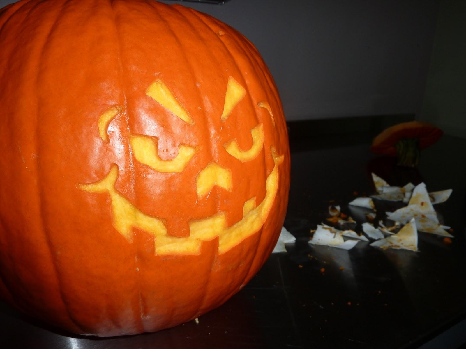The weekly widget dremel pk volt pumpkin carving kit