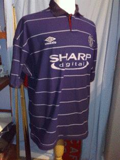 Man utd 1999 champions league kit patch