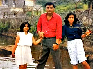 kajol with her father and sister. topchild.blogspot.com Indian top stars childhood teen age and marriage photos