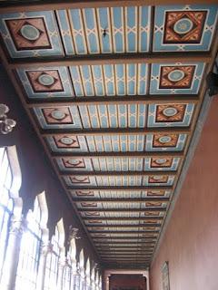 Scoala Centrala - Element de design tavan
