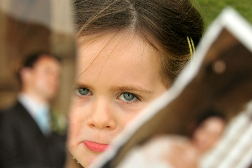 separation effects children The effects associated with divorce affect the couple's children in both the short and the long term after divorce the couple often experience effects including, decreased levels of happiness, change in economic status, and emotional problems.