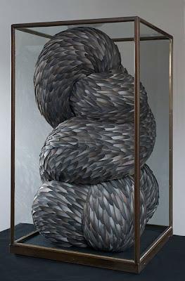 Esculturas de  materiales curiosos y variados