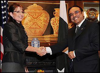 Sarah Palin e Asif Ali Zardari - Henny Ray Abrams