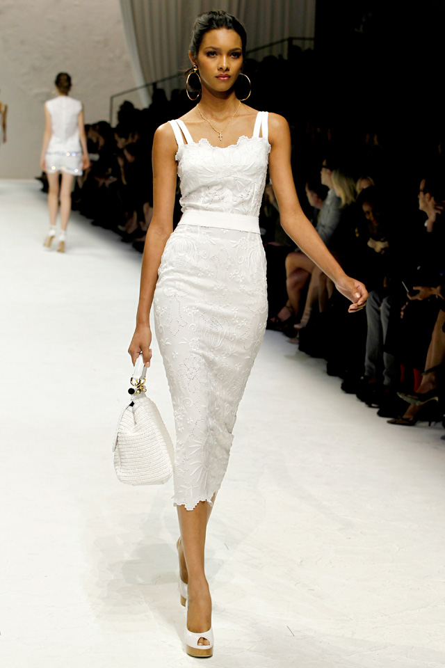 Talkin 39 bout boots bargains d g runway fashion 2011 for Dolce and gabbana wedding dresses