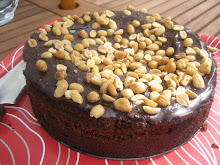 Chokladkaka med jordnötter
