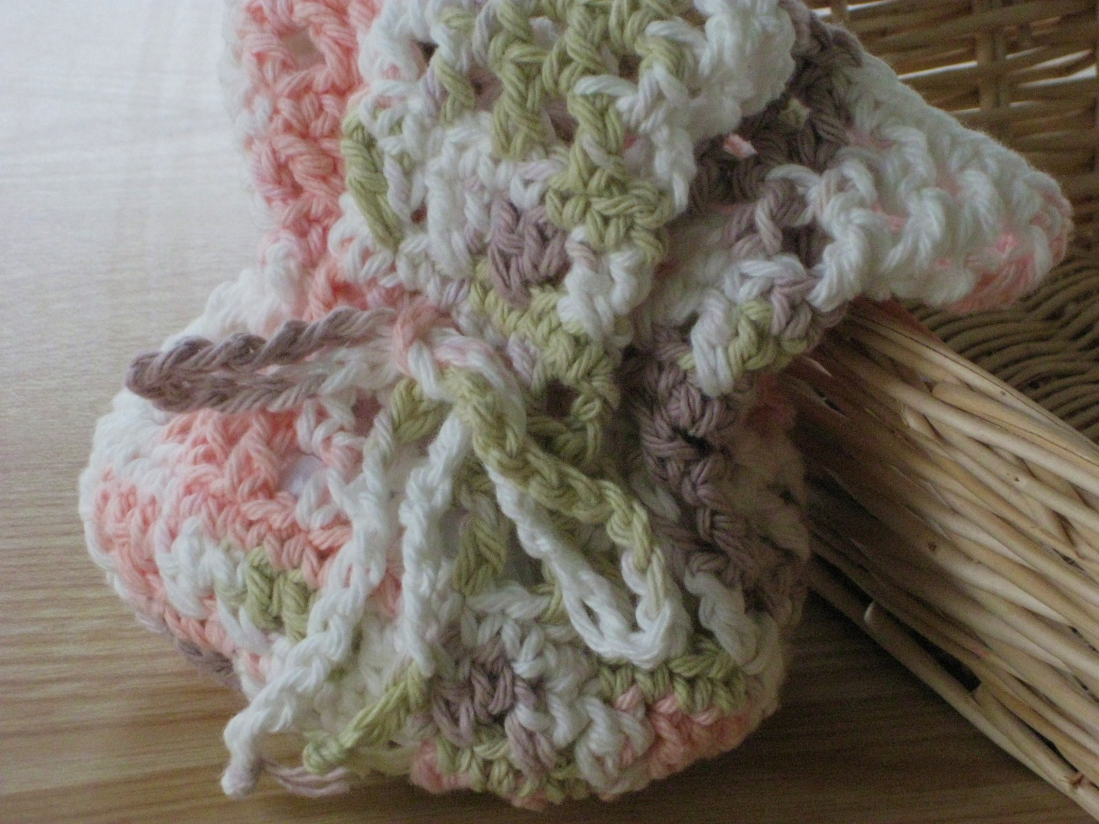 Crochet Round Pouch : ... by Laurie Laliberte: Change-Up, Just for Fun. . .Free Crochet Pattern