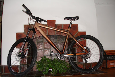 life on two wheels the 2008 haro escape