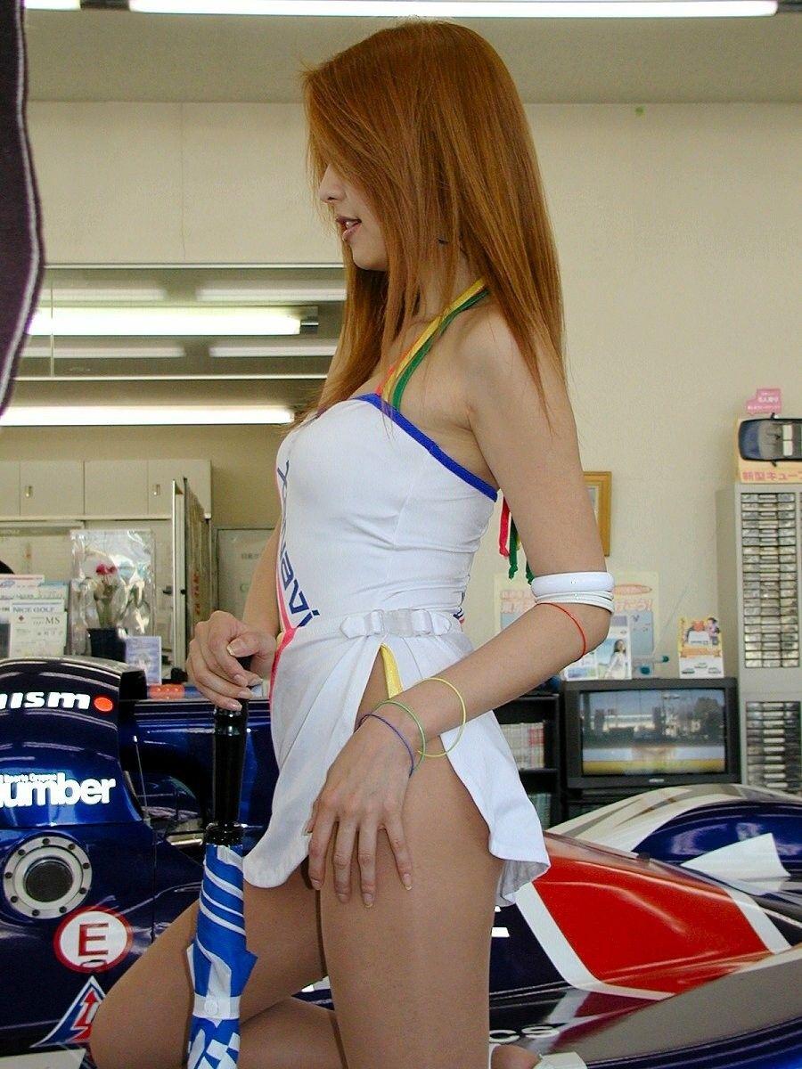hot umbrella girl model formula1