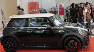 luxury car Mini JCW exclusive edition