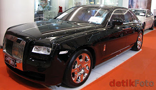 LUXURY Rolls-Royce's Ghost FANCY CAR