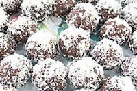 Emine Beder Çikolatalı Kar Topları Tarifi