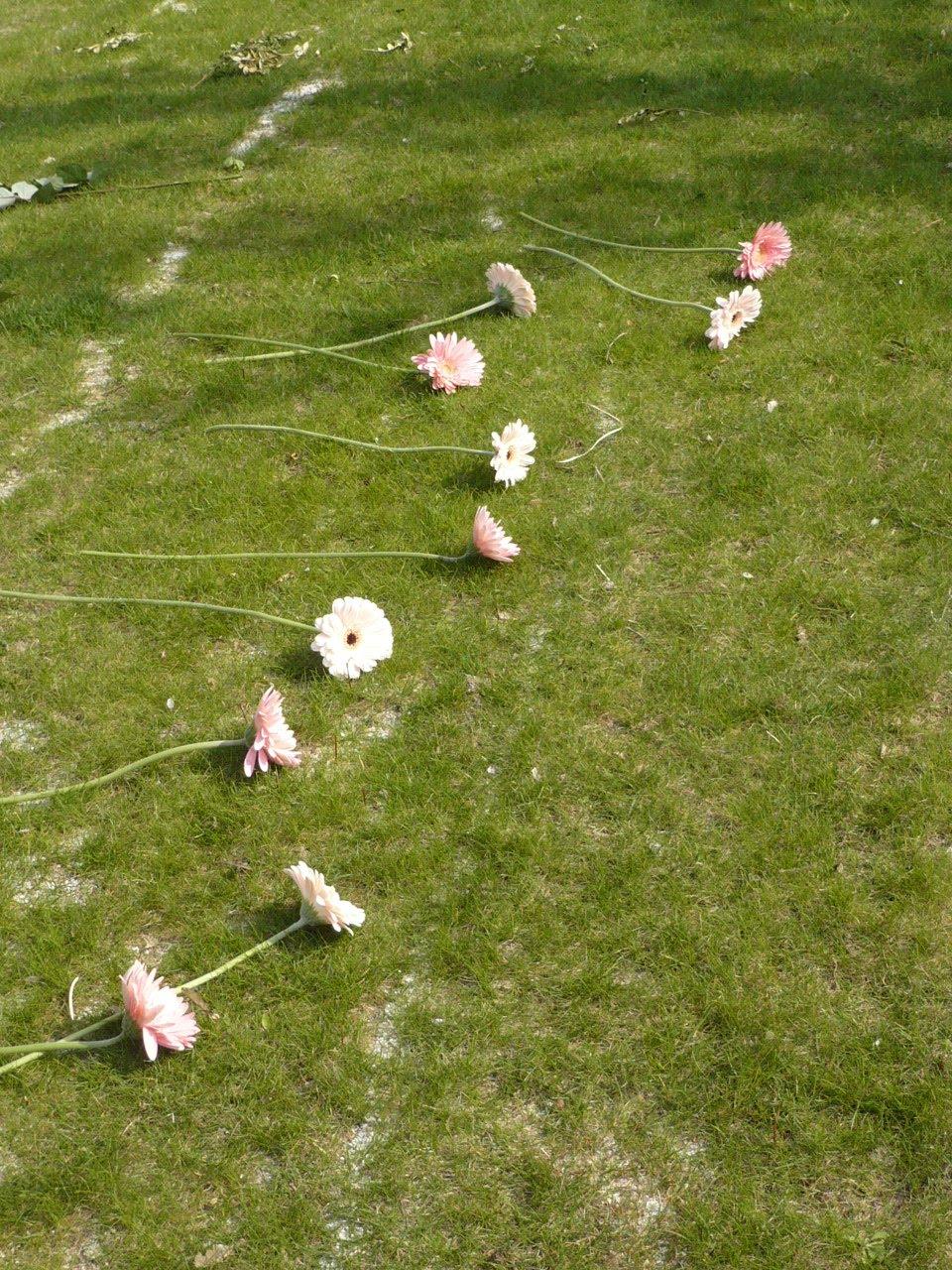 Les merveilles de danielle le cimeti re du p re lachaise les vivants ont rendez vous avec les - Jardin du souvenir pere lachaise ...