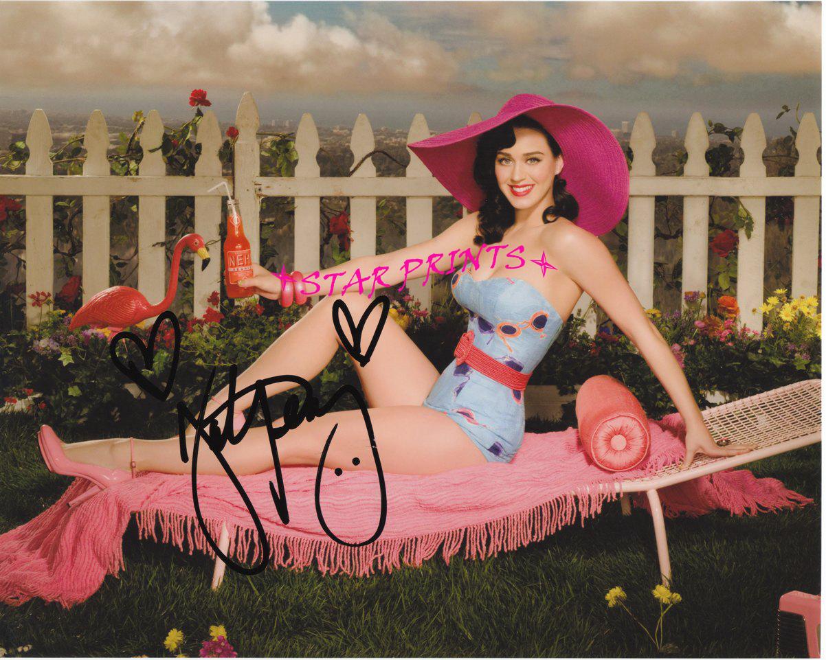 http://3.bp.blogspot.com/_7Jc7ZZC_PyM/TTZIbK3fc2I/AAAAAAAAAfs/f2bWtMtZVJE/s1600/Katy+Perry+copy.jpg