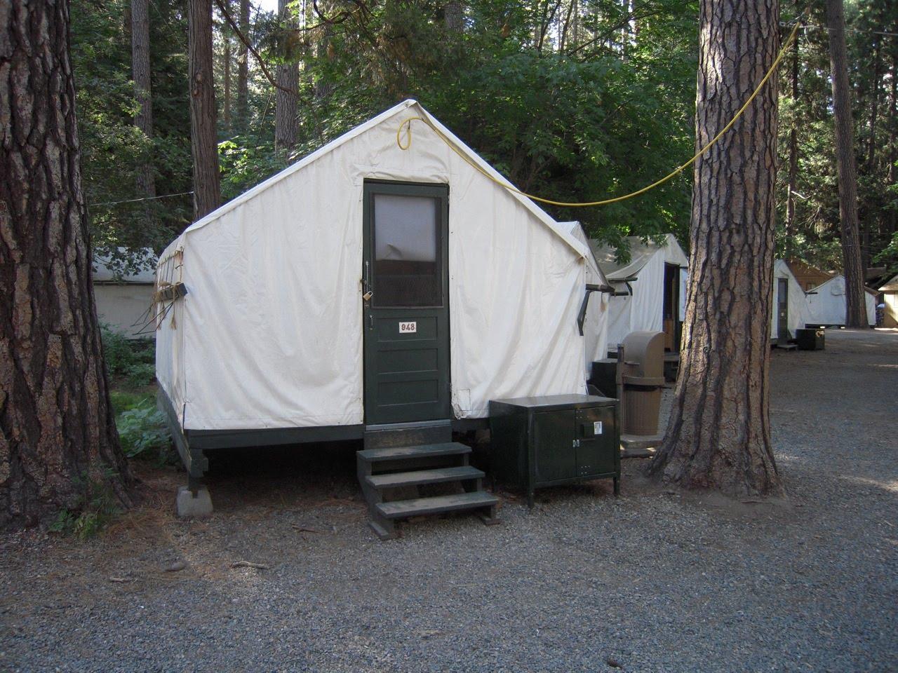 Hiking around sacramento half dome yosemite for Half dome tent cabins