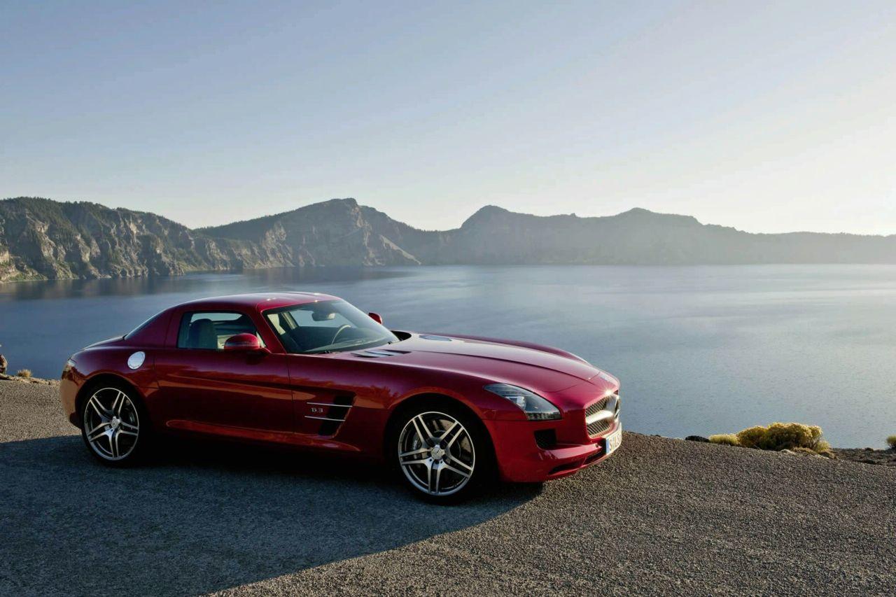 2010+Mercedes+SLS+AMG.jpg