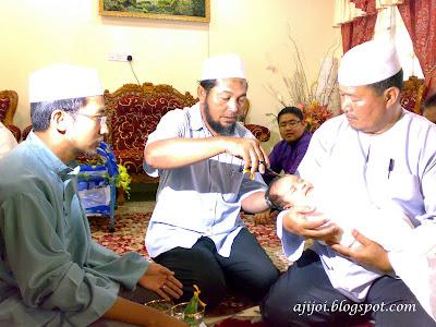 Upacara cukuran telah membudaya dalam masyarakat Indonesia c199931a9e