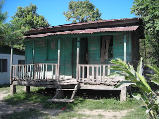 wooden house, El Porvenir, Honduras