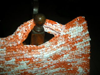 Crocheted plastic bag without edging