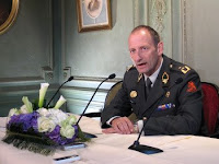 Dutch army Maj. Gen. Mart de Kruif, commander of NATO's Regional Command South in Afghanistan, briefed Defense Secretary Robert M. Gates and other defense leaders gathered for meetings in the Netherlands, June 10.