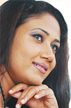 Srilankan Actress Medha Jayaratne
