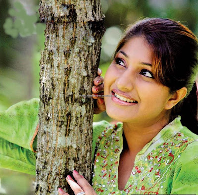 Srilankan Actress Harshani Samanmali Image