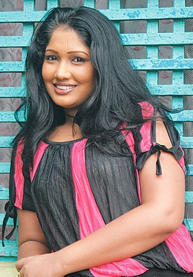 [srilanka_actress_Piyumi_Botheju_4.jpg]