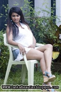 SriLankan Actress piyumi,srilankan sex photo,srilankan beauties photo,srilankan models photo
