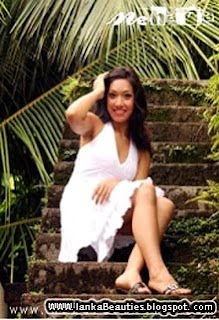 SriLankan Actress Nihara,srilankan sex photo,srilankan beauties photo,srilankan models photo