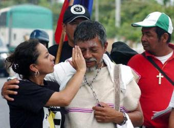 profesor gustavo moncayo marcha secuestro farc hijo uribe blog bogota