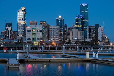 Paisagem de edifícios no crepúsculo de Melbourne