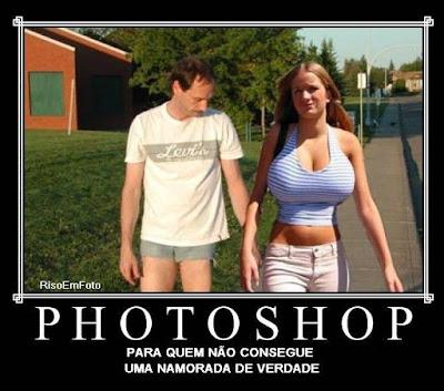Foto-montagem com software gráfico resolve qualquer problema afetivo.