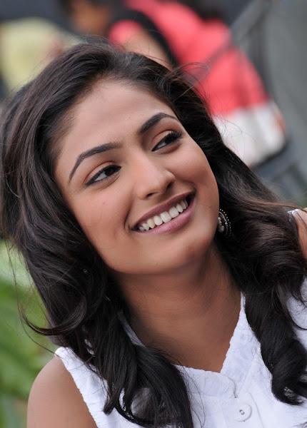 'Hari Priya' Cute Photo Shoot hot photos