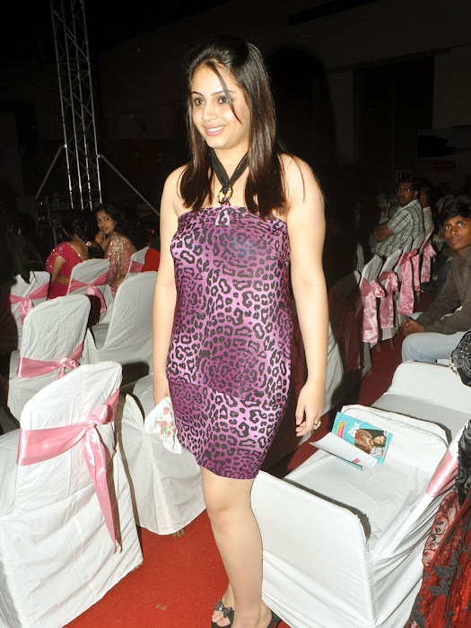 suhani at miss twin city event