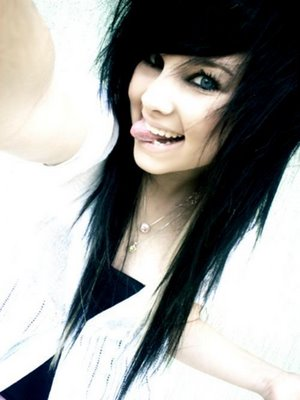 Cute Emo Hairstyles for Girls with Long Hair