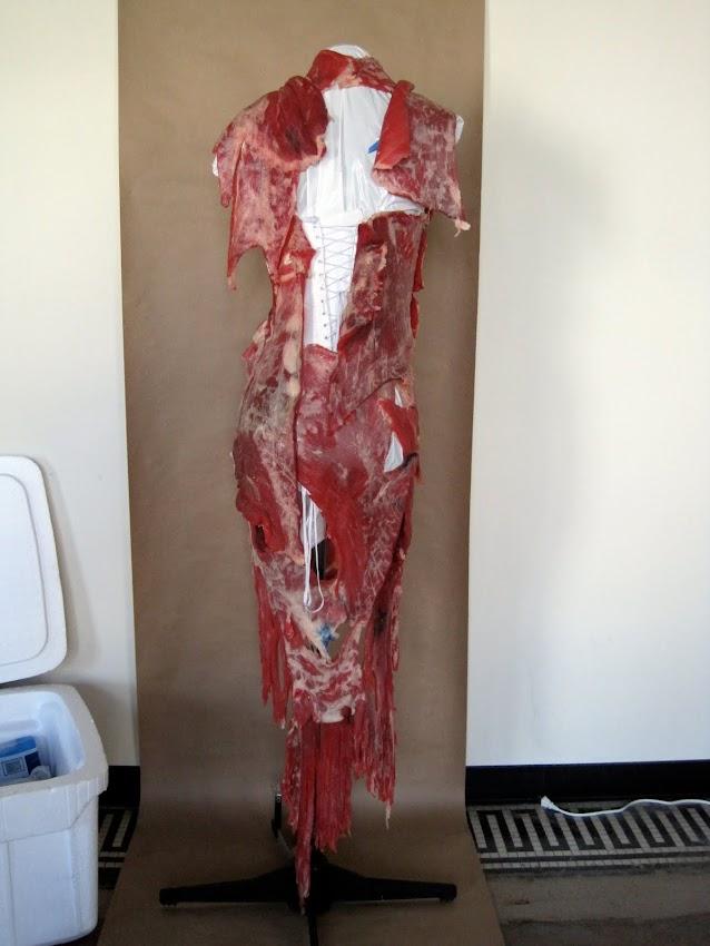 Diseñador Franc Fernandez Lady Gaga Vestido de Carne