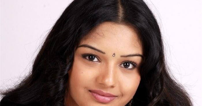 telugu actress yamini hot sexy telugu actress yamini photos