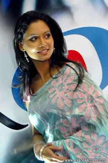 DAMITH PICTURE MART: Pooja Umashankar   Popular Film ... Nehara Peiris And Menaka Rajapaksha Wedding
