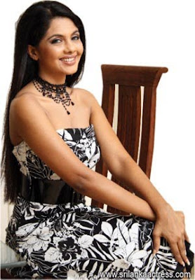 DAMITH PICTURE MART: Sri Lankan Model Natasha Happawana Nehara Peiris And Menaka Rajapaksha Wedding