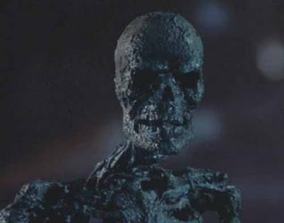 A Nightmare on Elm Street 3 : Dream Warriors (1987, Chuck Russell) - Page 2 Freddy3+magic+bones