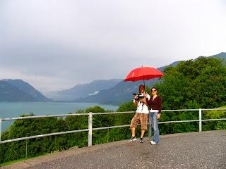 Equipa do Consigo nas montanhas da Suíça