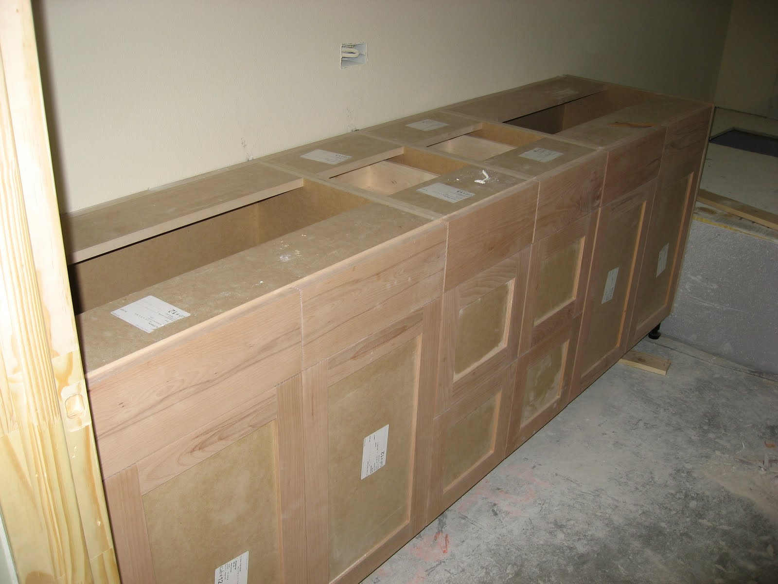 Paint Grade Cabinets Green House Good Life It Looks So Much More Finished With The