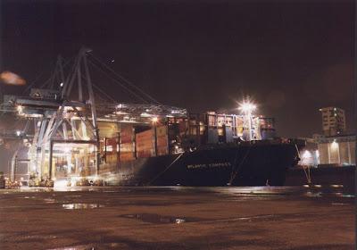 porte-containers au chantier