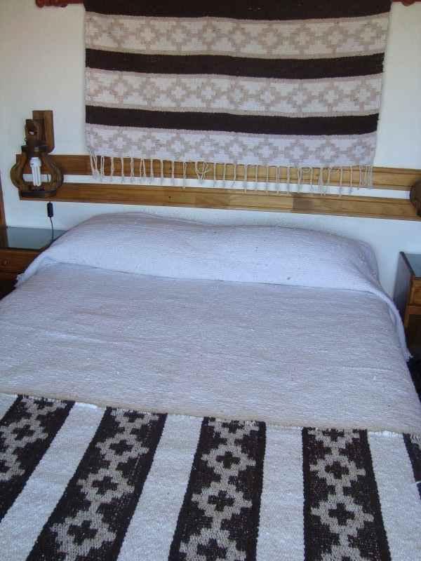 Artesanias rustika manta gruesa pie de cama guarda pampa - Mantas pie de cama ...