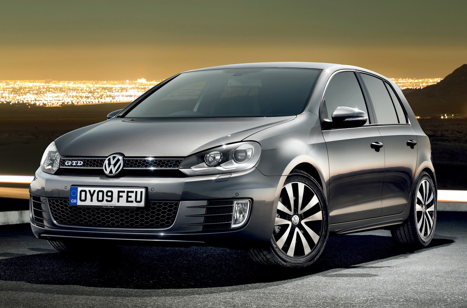 free cars hd wallpapers volkswagen golf 6 gti tuning hd wall. Black Bedroom Furniture Sets. Home Design Ideas