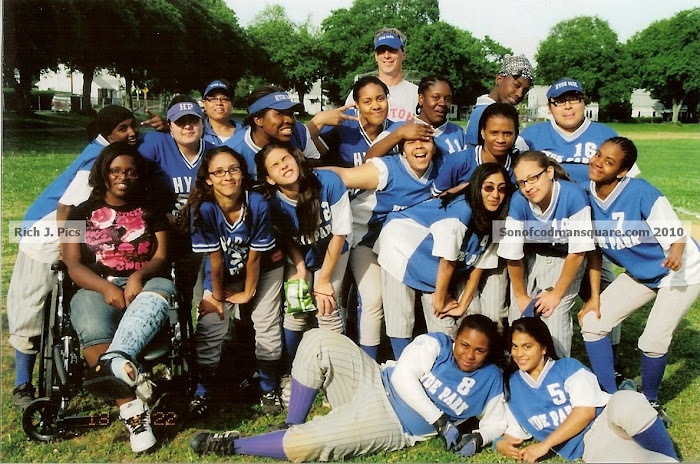 Hyde Park High Varsity Softball Team